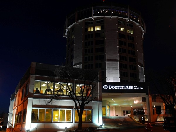 Beautiful Doubletree Hotel in downtown Jefferson City