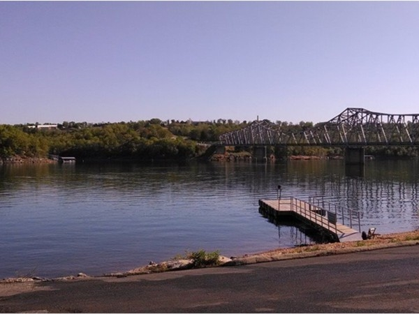 Public boat launch with courtesy dock located at the Shell Knob bridge