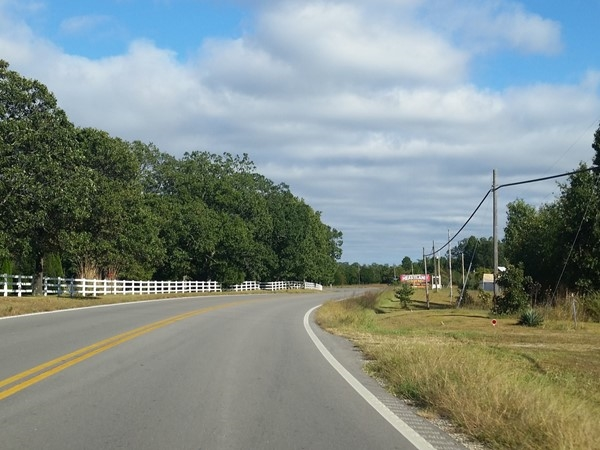 Highway 64 heading toward Bennett Springs State Park