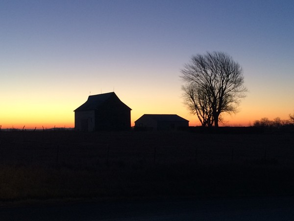 Sunrise over the peaceful countryside in Bates City
