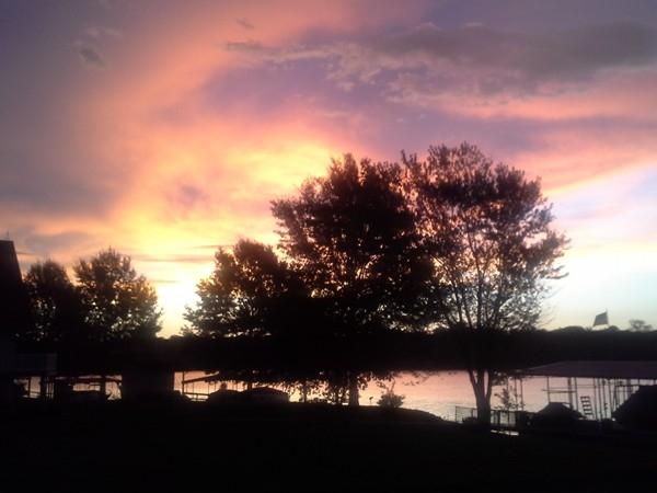 Breathtaking pink sunrise at Lake Viking