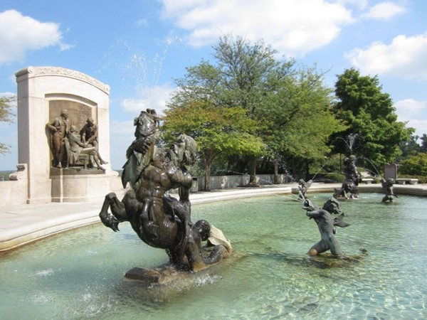 We have such gorgeous fountains and statues around the Jefferson City Capitol Building