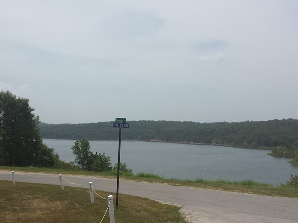 Planes take off from this grass landing strip over the cliff above Table Rock Lake