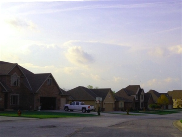 Build your dream home in the friendly neighborhood of Willowcreek