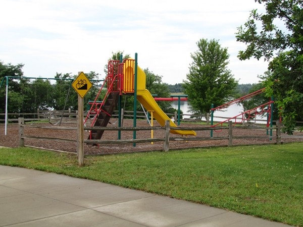Mozingo Lake playground