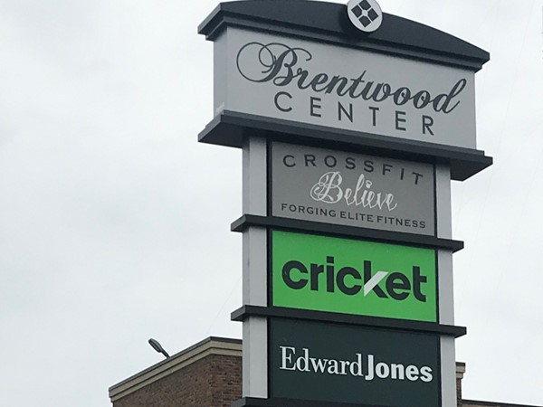 Small strip mall tucked in front of Hawthorne Plaza. Houses Edward Jones and Believe Crossfit