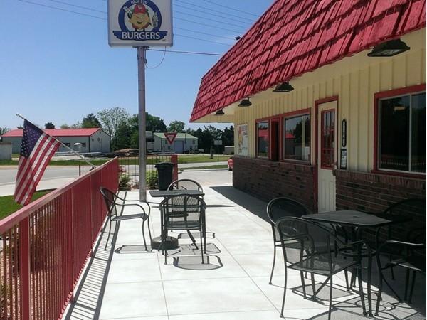 Blue Eye Burgers - great food, great service, welcoming atmosphere