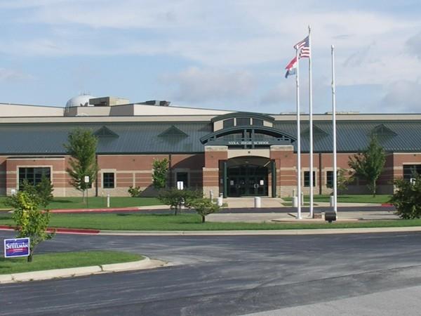 Nixa Mo High School