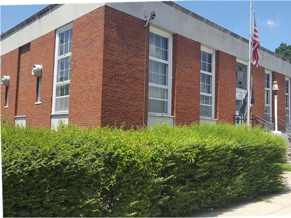 Cassville Post Office is located just off the square