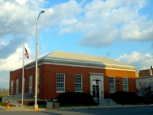 Higginsville Post Office