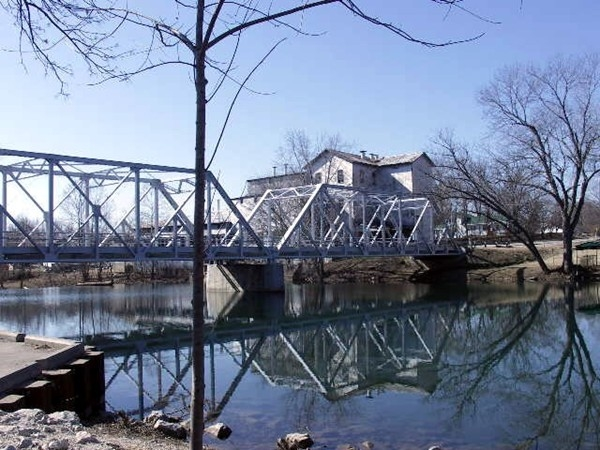 Finley River Bridge in Ozark, MO