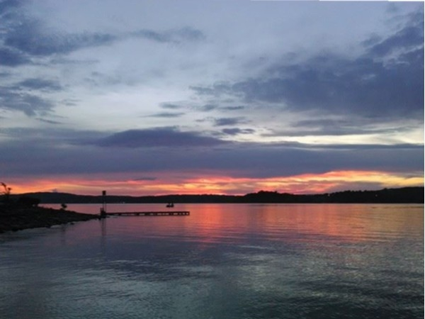 Beautiful sunset on Table Rock Lake