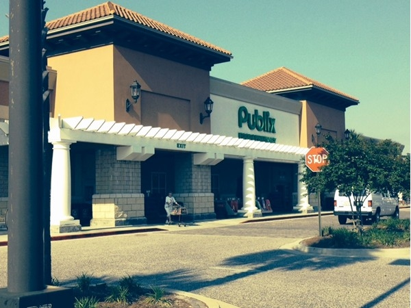 Shopping for groceries?  Orange Beach Publix is my choice