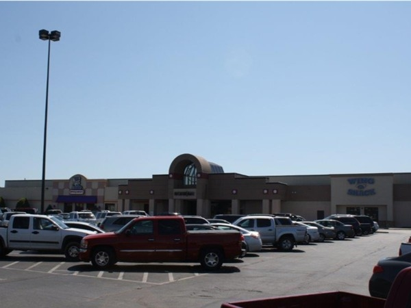 Decatur Mall- New Carmike Cinema, Belks, new Bed,Bath and Beyond, AM Eagle,etc...