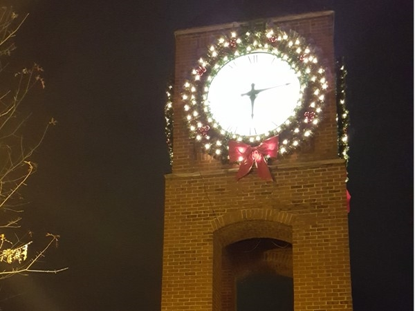 Clock in Crestline Village at Christmas