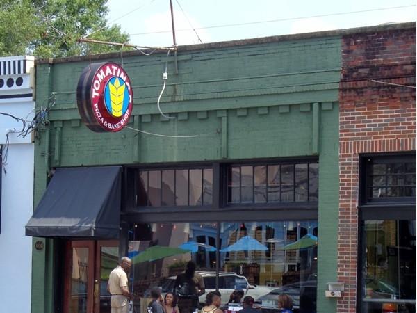 Tomatinos Pizza and Bake Shop