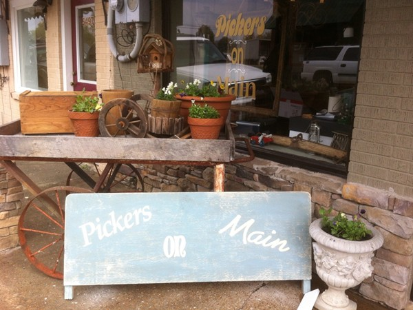 Come and shop at Pickers on Main in New Hope