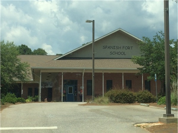 Spanish Fort Elementary School is K-5, and is very centrally located on AL Highway 225