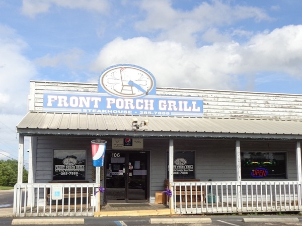Front Porch Grill has delicious hamburgers and breakfast items