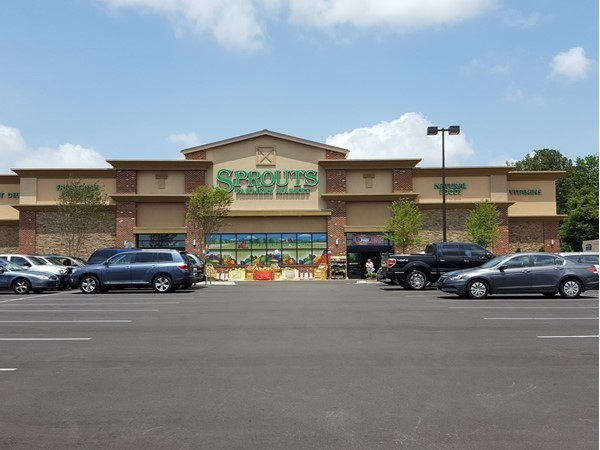Sprouts Grocery has arrived in Vestavia