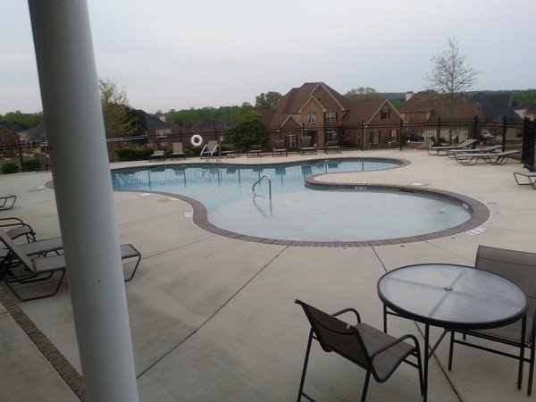 The resort style pool at Foxfield