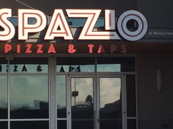 Pizza and Taps located next to Whole Foods