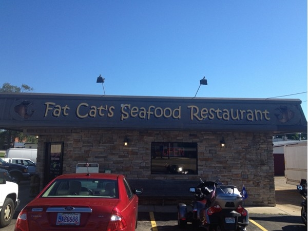 Some of the best food in Rogersville, come to Fat Cat's