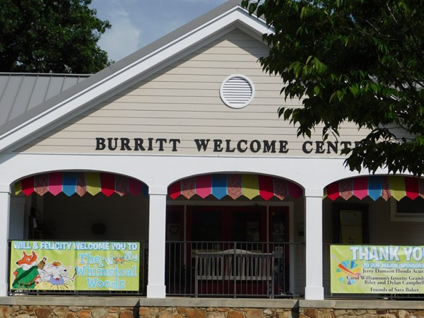Unique welcome center and gift shop at Burritt on the Moutain