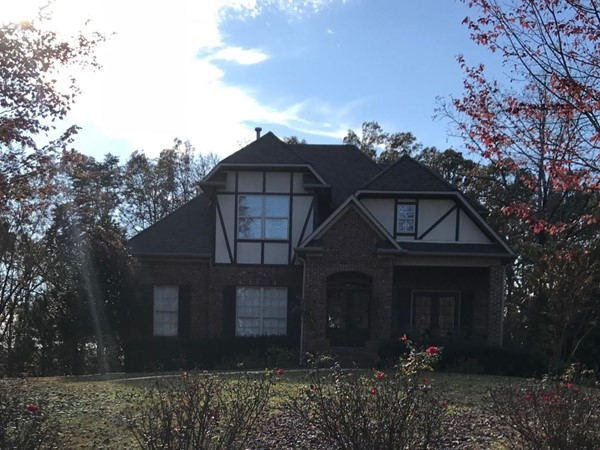 Typical home in Mountain Lake
