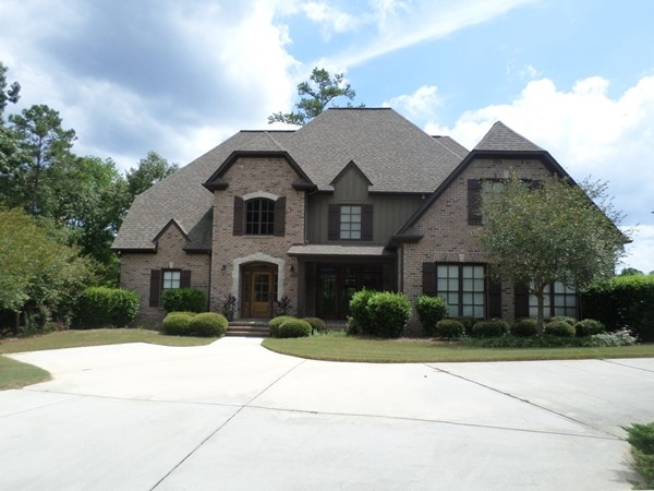 A pretty home in Highland Lakes