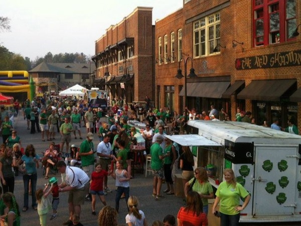 Crowds gather at The Red Shamrock in Mt. Laurel to kick off the start of college football season