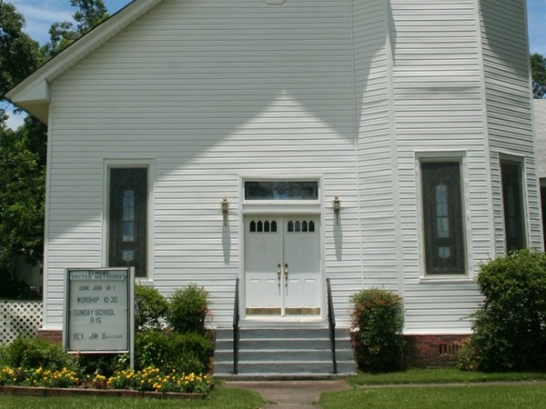 Elmore United Methodist Church. Welcoming all to come worship