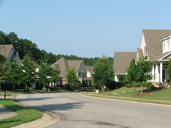 A winding street through Hillsboro