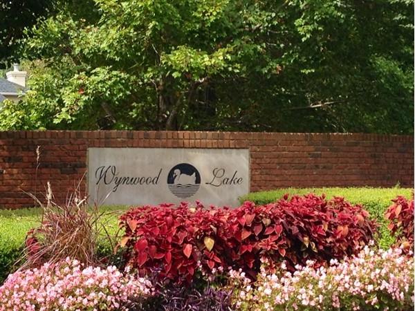Entrance to Wynwood Lake