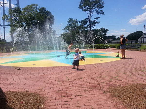 Summerdale Splash Park: Fun on a sunny afternoon!