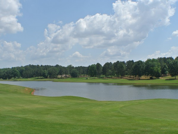 A pretty view of Ol' Golony Golf Complex