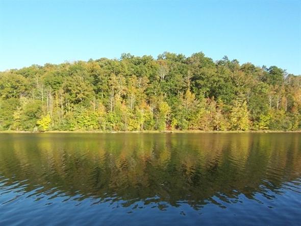 Early fall on Lake Wedowee