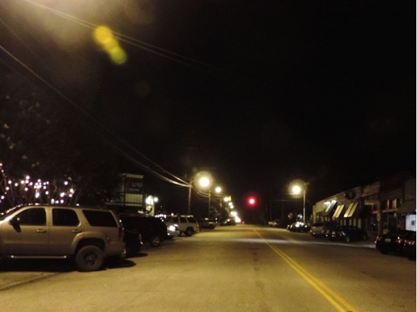 The streets are still alive at night in Cloverdale!