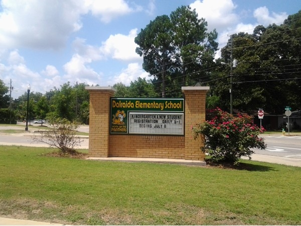 The Dalraida Elementary School is rated among # 1 in the city