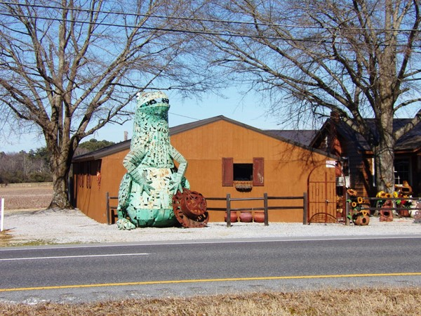 Harpersville's big green frog - holding court on Highway 280