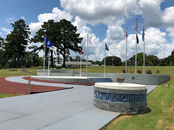 Veterans Memorial located in Elba