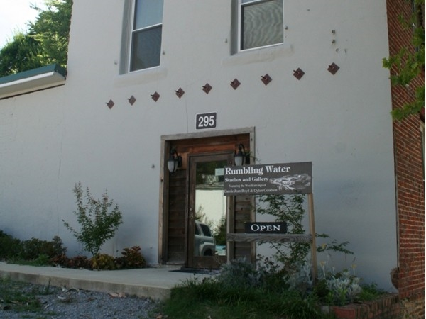 Rumbling Waters Studios and Gallery
