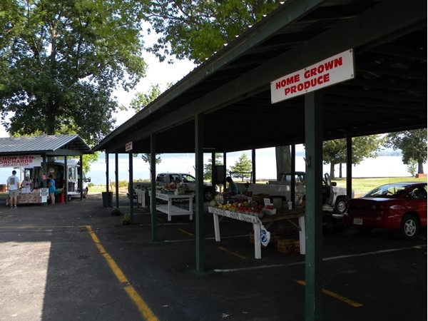 Guntersville Farmers Market. Open Tuesday, Thursday, and Saturday