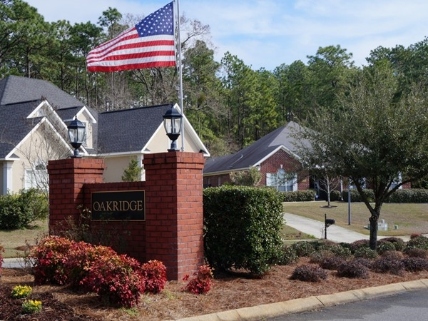 Oakridge in Spanish Fort AL offers small subdivision feel