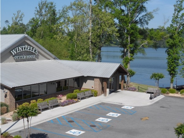Wintzell's/Dining with a view or pull up and dock your boat