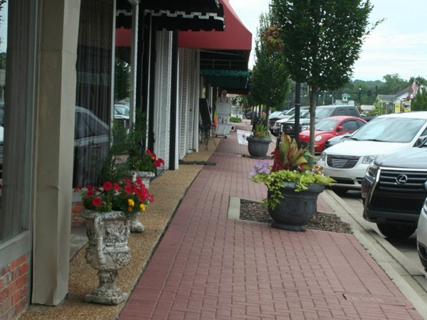 Take a walk through Prattville's downtown