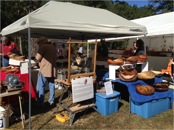 Fun family activities on a crisp, autumn day at Kentuck Arts Festival