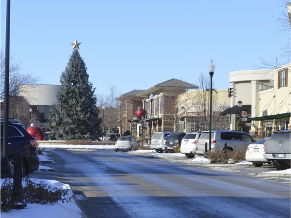 A look at the annual Christmas tree at Village Point Shopping area