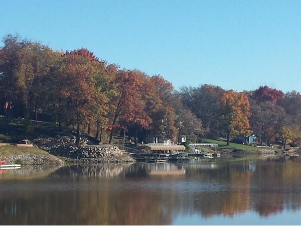 Diamond Lake in the fall