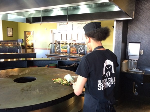 HuHot Mongolian Grill is a fun and tasy place, just two minutes from Wilderness Ridge in Lincoln